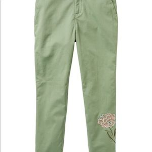 GAP Pants - NWT Green embroidered girlfriend chinos